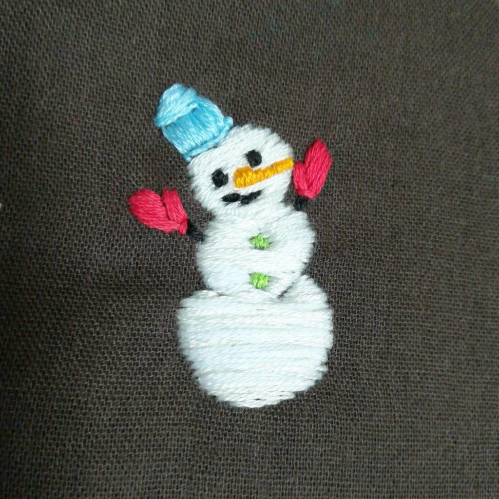 雪だるまの刺繍