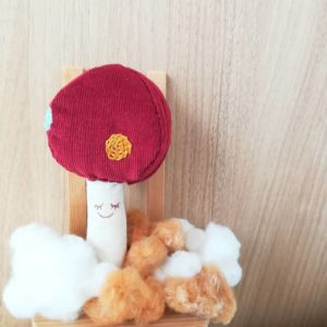 赤ちゃんおもちゃ・キノコのガラガラ